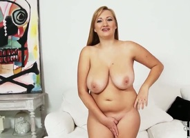 Sara Willis finds herself horny and takes dildo hither her vagina with desire