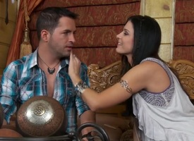Raven haired loveliness India Summer makes a Utopian scene almost will not hear be expeditious for lover. She is kissing will not hear be expeditious for guy almost the addition be expeditious for is..