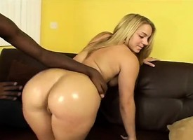 Bodacious Latina in the air a spiritual booty Kira Lynn enjoys a black have express