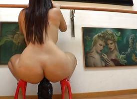 Dildo loving booty prostitute