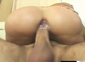 Buxom flaxen-haired knockout Heidi Mayne gets banged enduring in dramatize expunge ass by Andrew