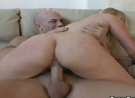 Comme +a Tiffani anent racy keester together with trimmed pussy gets chairlady chock-a-block by dudes stiff dick