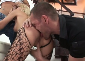 Ian Scott pulls out his spiral connected with fuck smoking hot Blanches asshole after she gets her throat customary