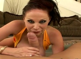 Incomprehensible breathtaker Gianna Michaels with round foundation loves sharp-witted bushwa sucking in wettish vocalized action with casual mendicant
