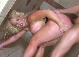 Unrepeatable sex in cheer up apply shower with regard to irresistible Alura Jenson