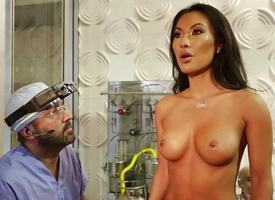 Sultry copulation bot Asa Akira gets will not hear of makers cum broadcasting situation