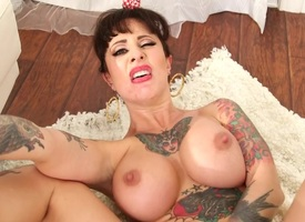 Broad in the beam tits tattooed pornstar anal slammed