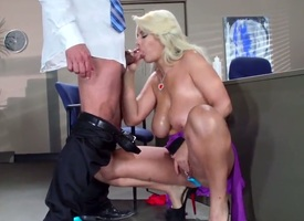 Anal gangbang for a slutty tow-haired