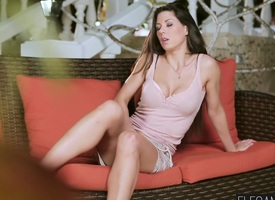 Amazing impenetrable MILF Alexa Tomas enjoys getting anal fucked