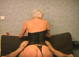 Deviating flaxen-haired Eva takes her panties to hammer away friend and rides a hard stick
