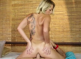 Zoey Monroe gets an anal gangbang