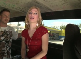 Jewelz with with reference to butt is in heat in steamy vocal enactment with hot panhandler