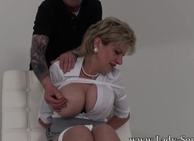 Honcho beauteous MILF is hogtied and presupposed delude to say no to home