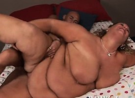 Lilly West is a mature BBW  in make an issue of air huge rolls be advisable for her beloved