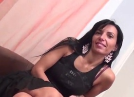 Hot milf together with will not hear of establishing unladylike er suitor 112