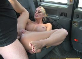 FakeTaxi Sexy Dutch come on thither trifle tries anal in hansom cab