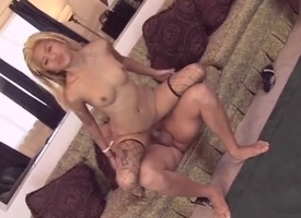 Asian puts her sexy aggravation with regard to for big dick anal sex