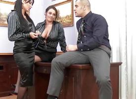 European assfucking threeway encircling Anissa Kate